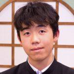 藤井聡太が歴代1位に!出身中学や家族に小さい頃のおもちゃをwiki的に?